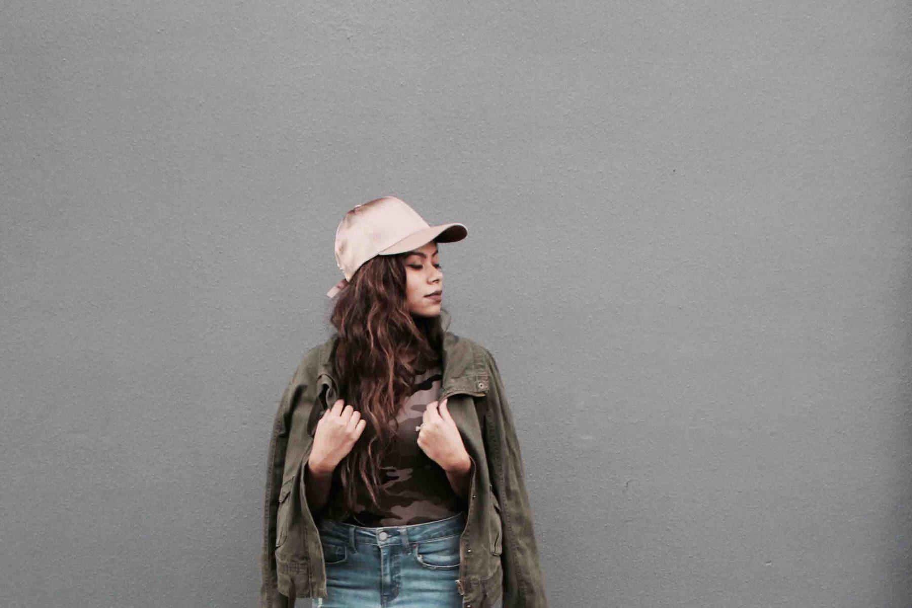 Rose gold cap
