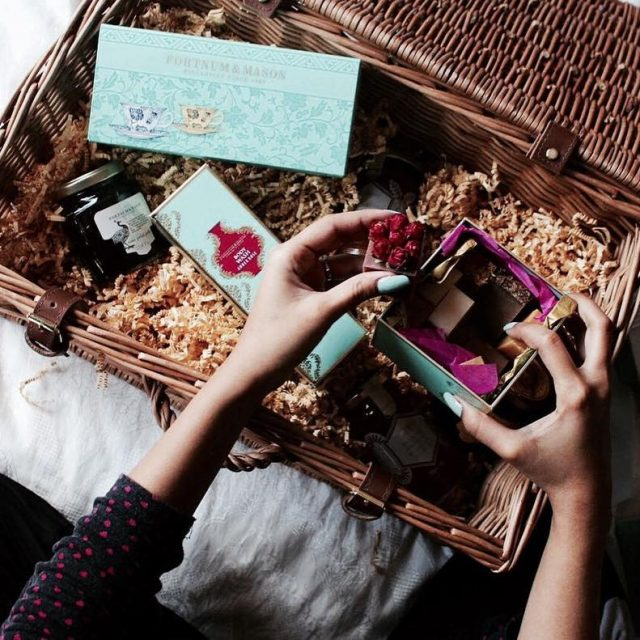 Unboxing this gorgeous gift hamper from fortnumsdubai and in awehellip
